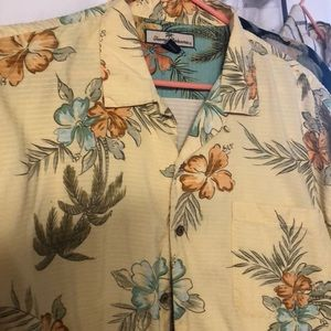 Other - MENS TOMMY BAHAMA BUTTON DOWN SHIRT